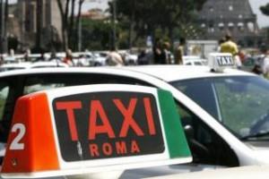 taxi_roma_totem
